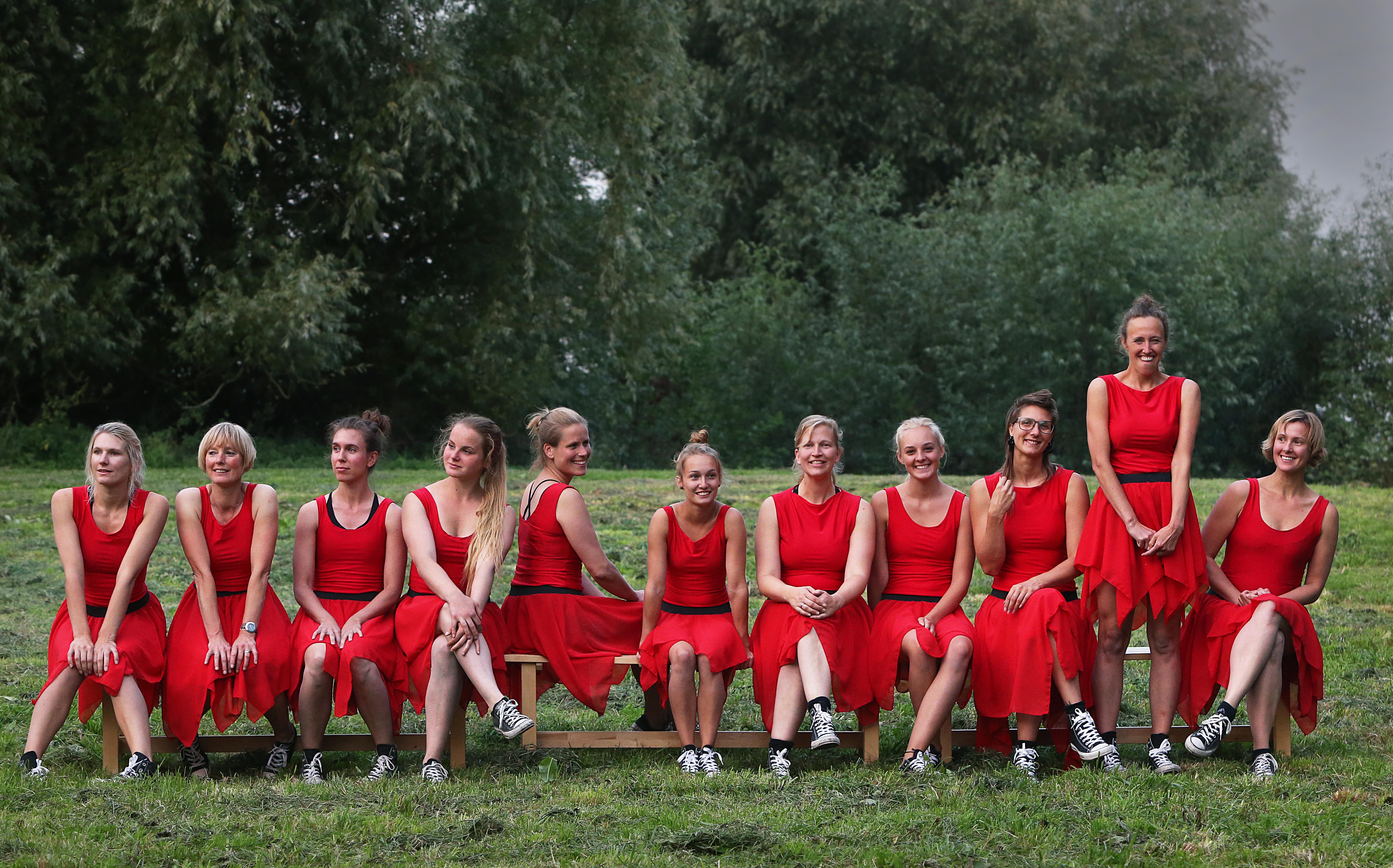 Wachten op de liefde-Hilde-Huisman-kleding--kostuum-ontwerp-leeuwarden-atelier-dans-theater