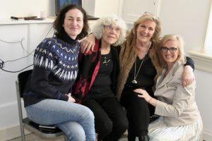 Opening-expositie-vrouwen-over-leven-kledingontwerp-Hilde Huisman-kostuumontwerper-leeuwarden